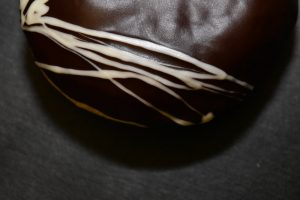 gogoasa umpluta cu ciocolata